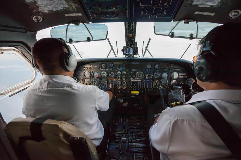 dva pilota